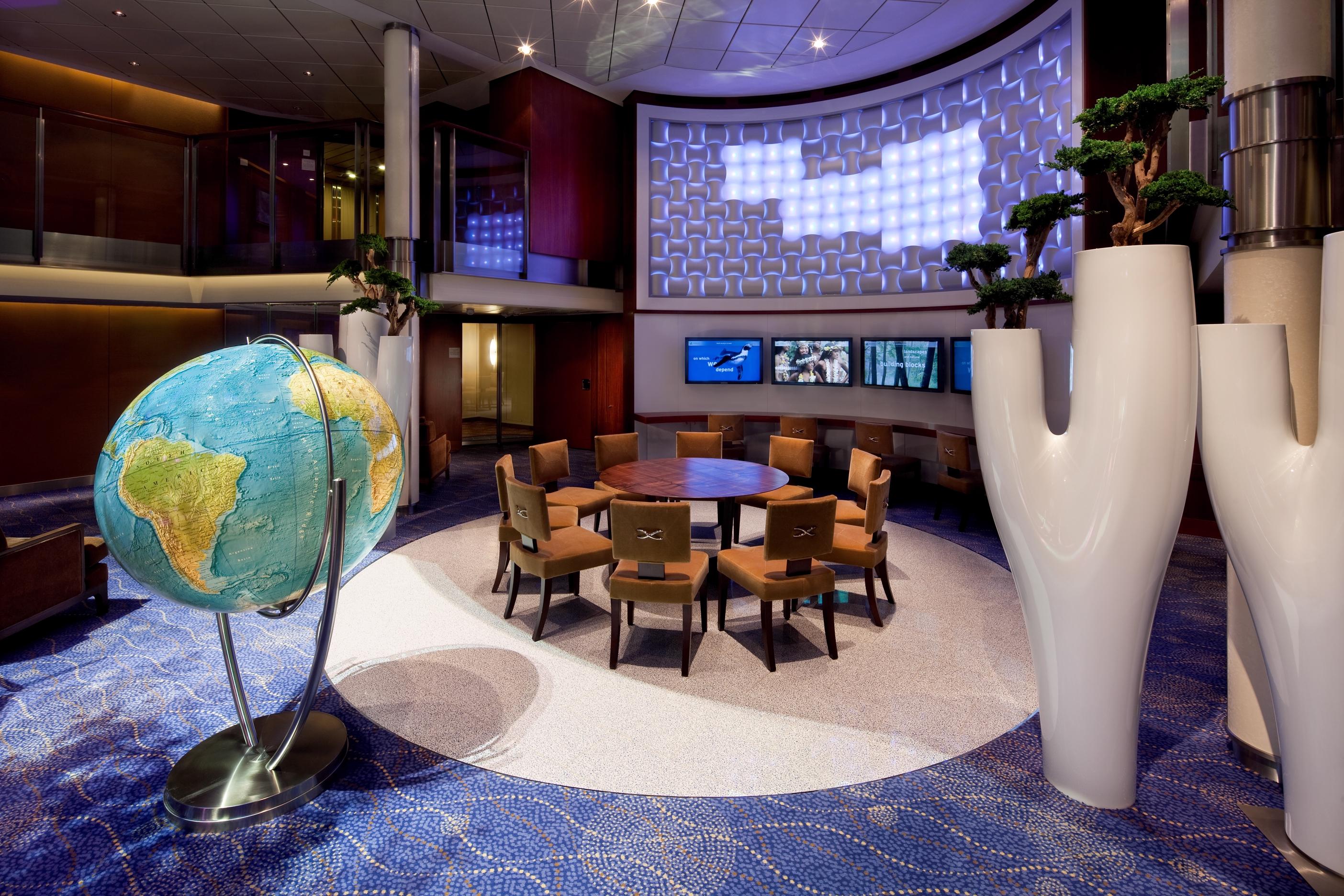 Team Earth Lounge