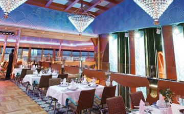 Club Luminosa Restaurant